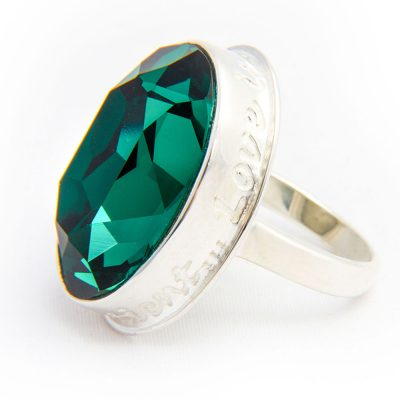 emerald-green-swar-crystal-ring